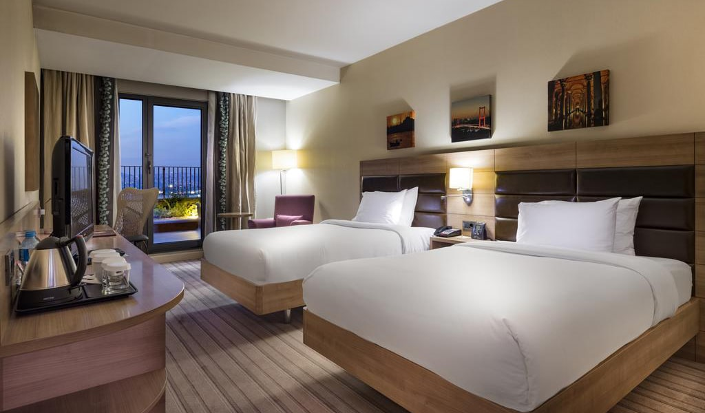 Twin Room with Sea View Terrace-min