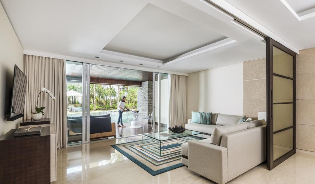 Two-Bedroom Residence with Lagoon Access-min