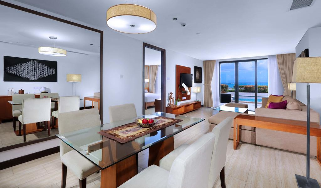 Two-Bedroom Suite with Private Pool 8