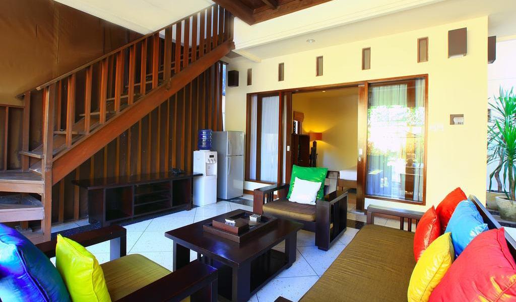 Villa with Private Pool 8-min