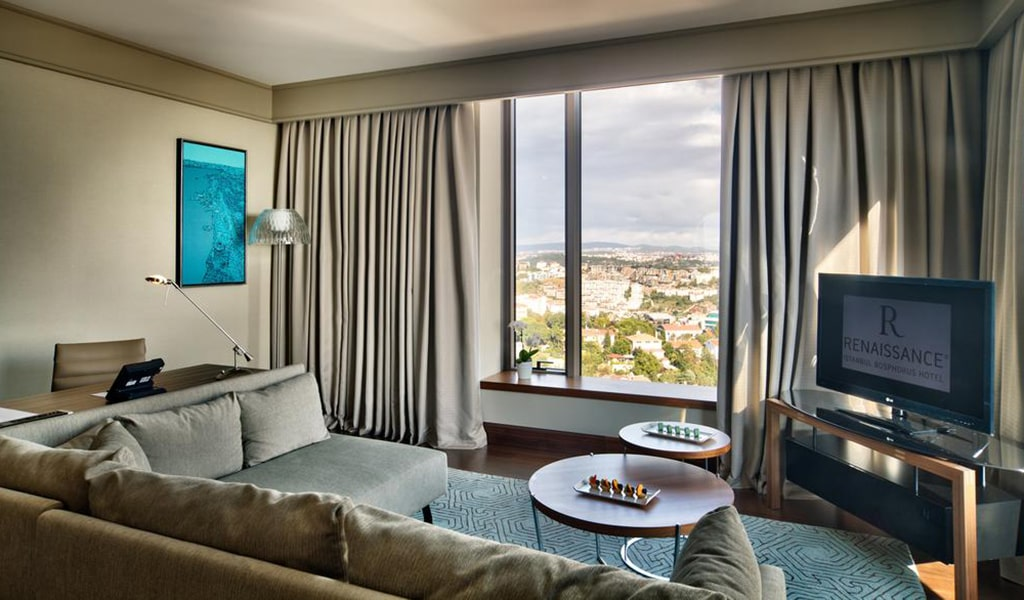 Corner Suite City View With Lounge Access 5-min