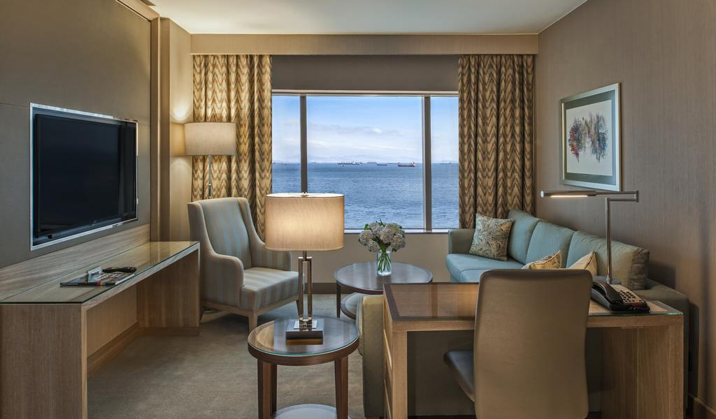 Marmara Suite with Sea View and Lounge Access 5-min