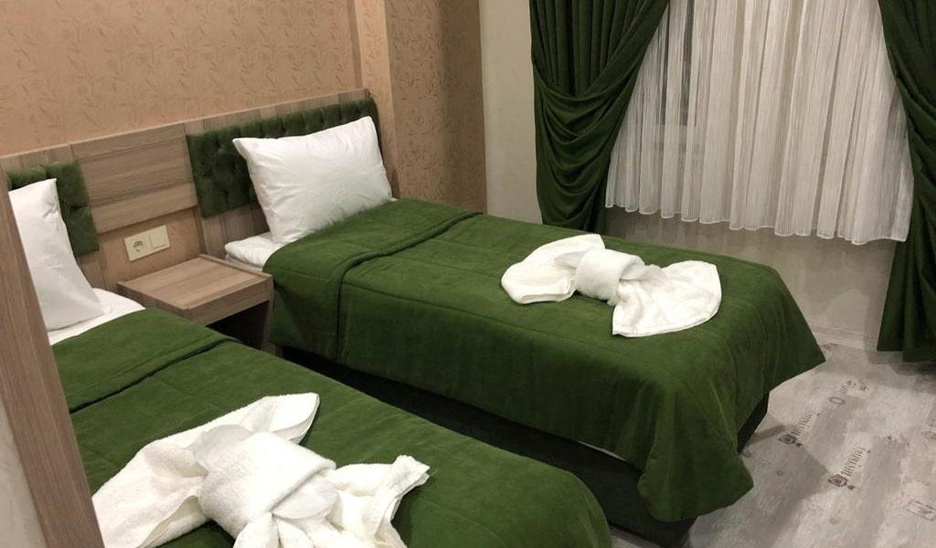 Standard Double or Twin Room 4-min