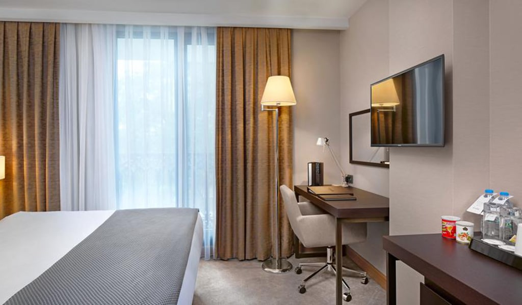 Standard Room 2-min