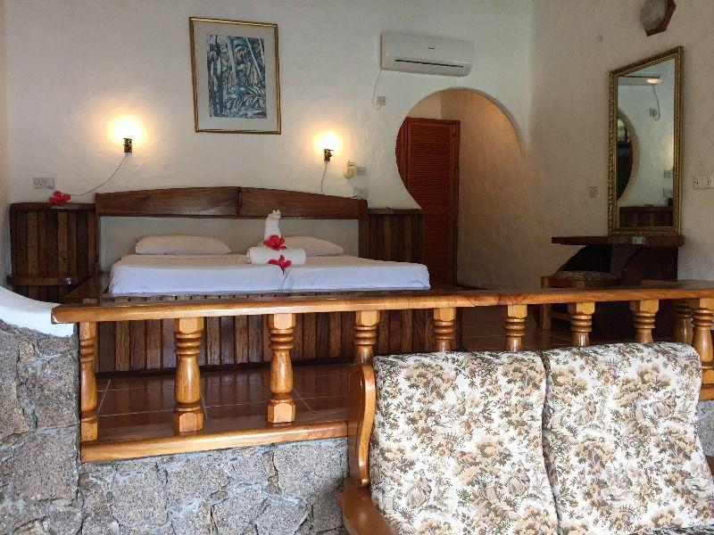 7Lazare Picault Hotel (29)