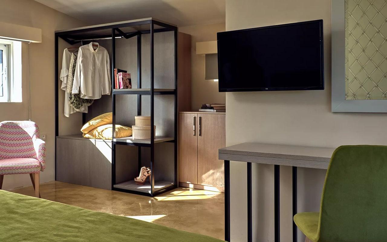 Chic-Room2_1-min