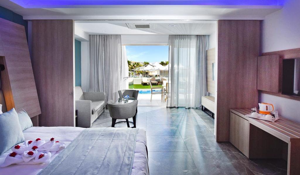 Pernera Beach Hotel (11)
