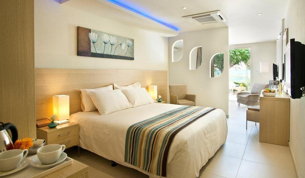 Pernera Beach Hotel (17)