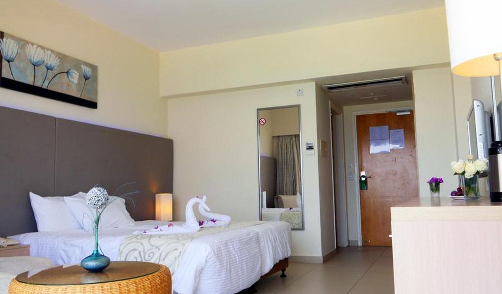 Pernera Beach Hotel (18)