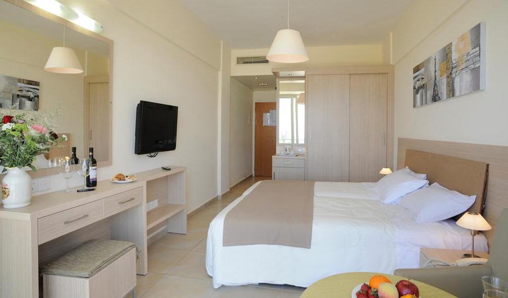 Pernera Beach Hotel (25)