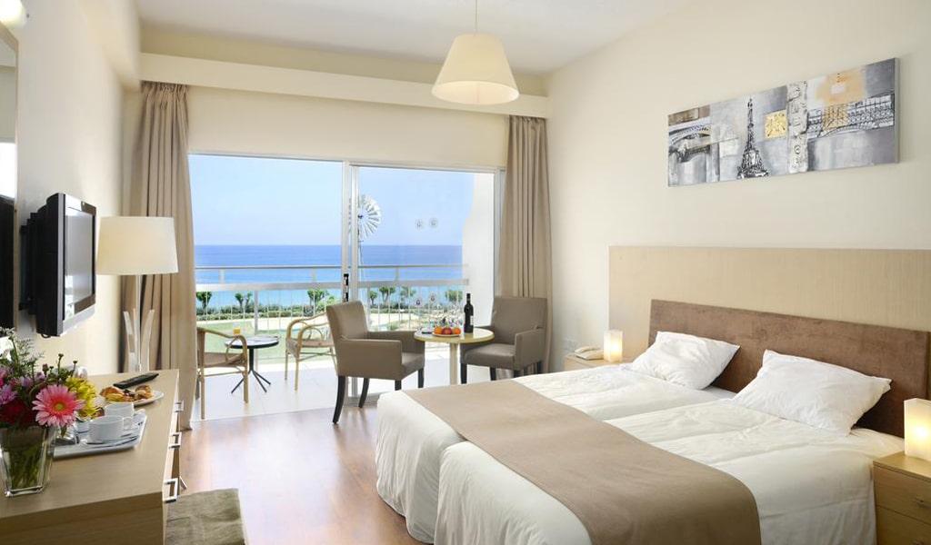 Pernera Beach Hotel (4)