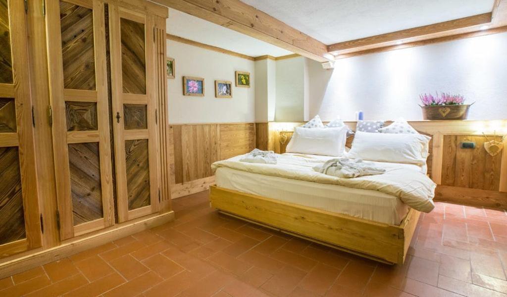 Bucaneve Apartments (16)