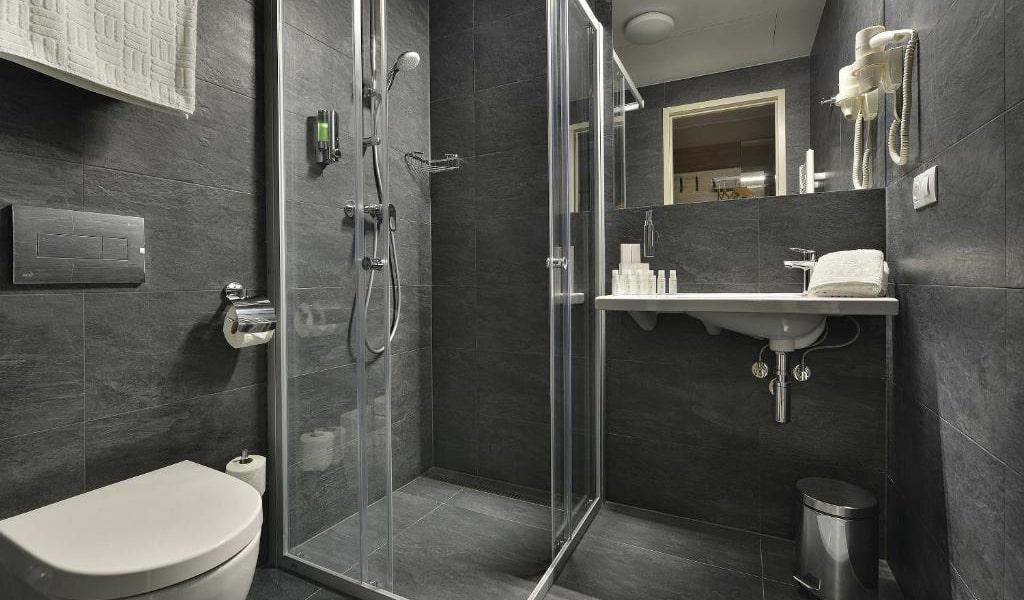 Double-Room-with-Balcony-2-min