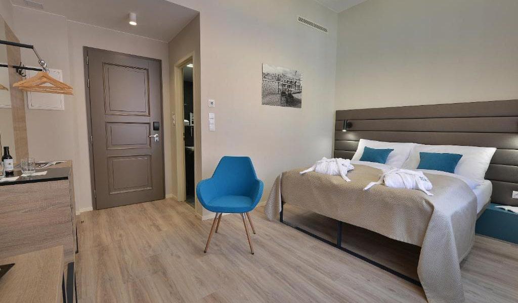 Double-Room-with-Balcony-3-min