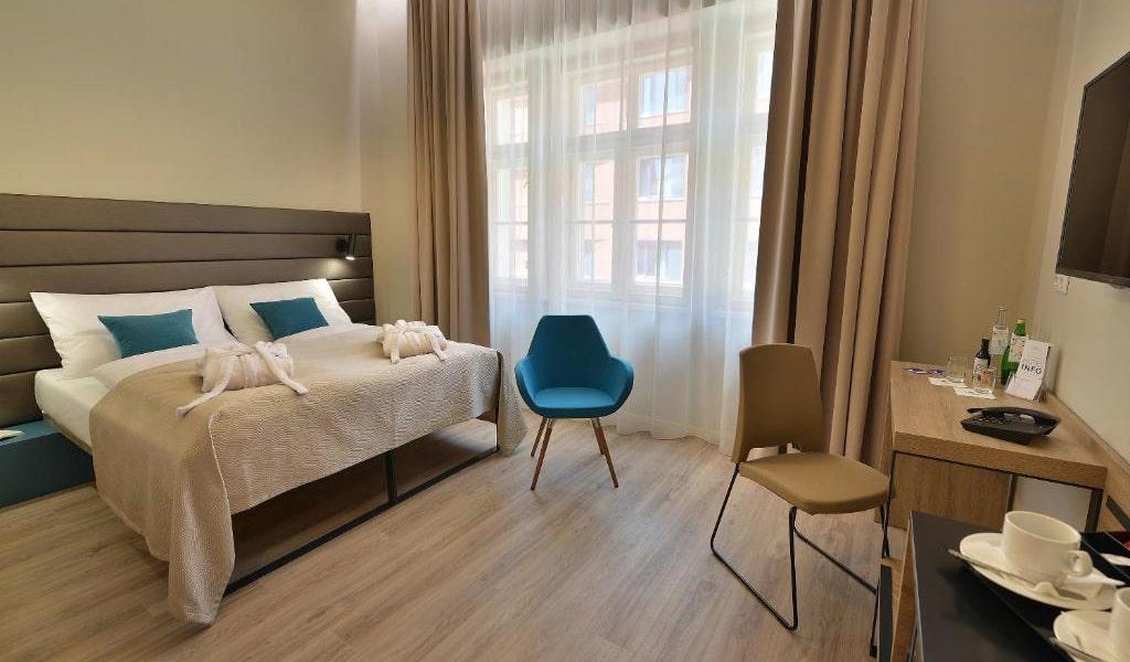 Double-Room-with-Balcony4-min