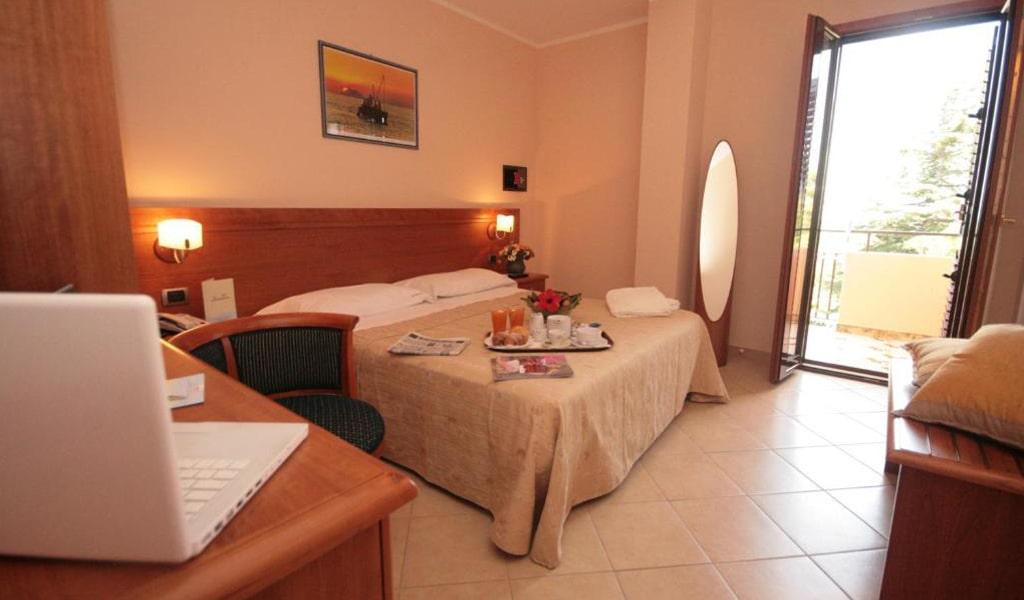 Hotel La Bussola (38)