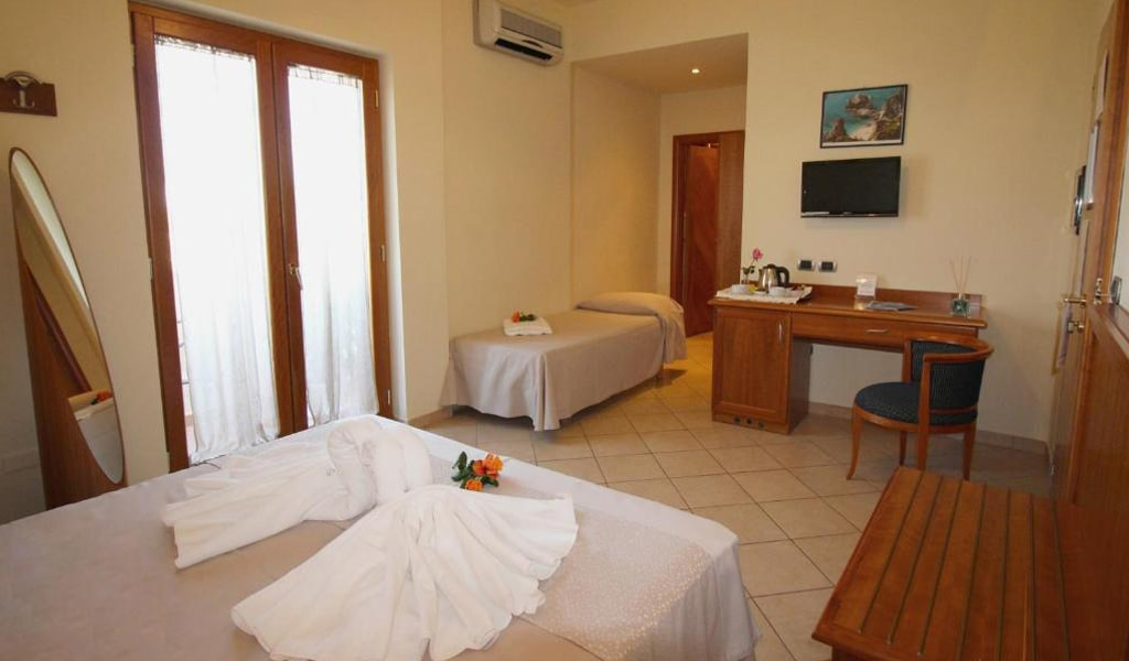 Hotel La Bussola (6)