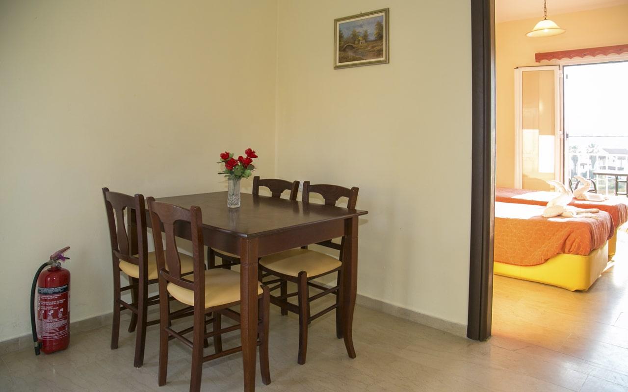 Kouros Apartments & Studios (3)