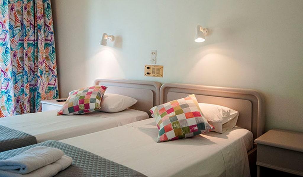 Mimoza Beach Hotel (1)