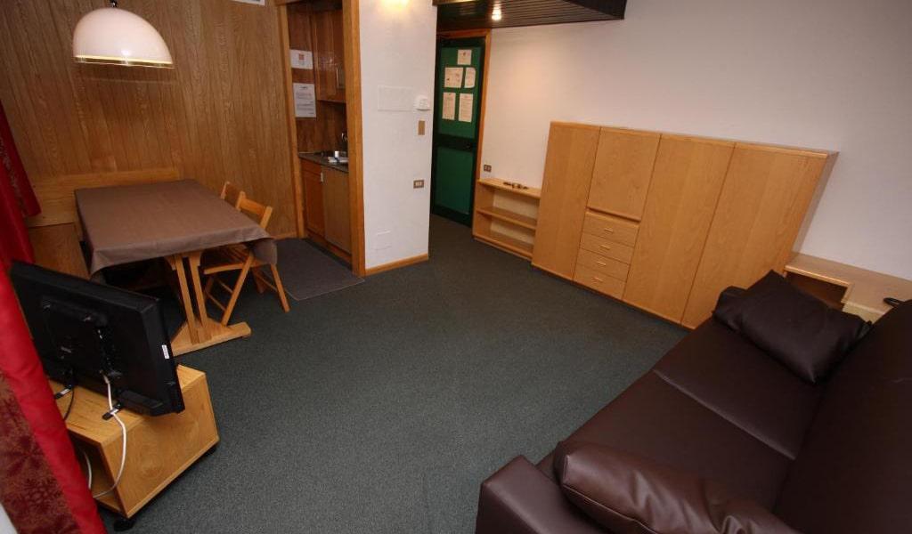 One-Bedroom-Apartment-(2+2)-min
