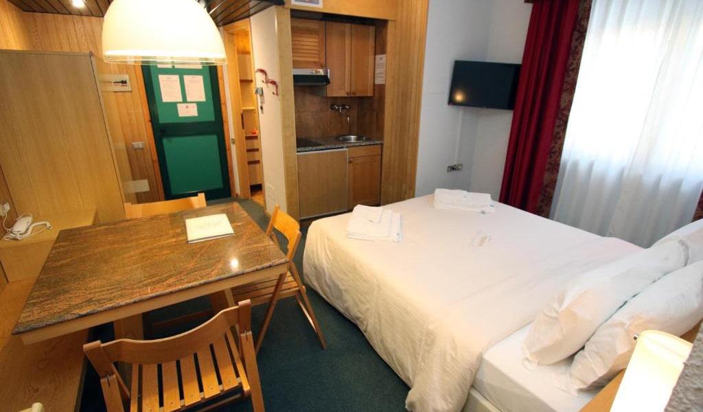 One-Bedroom-Apartment-(2+2)5-min