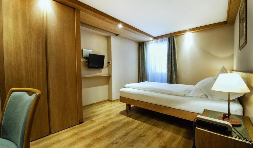 Single-Room-2-min
