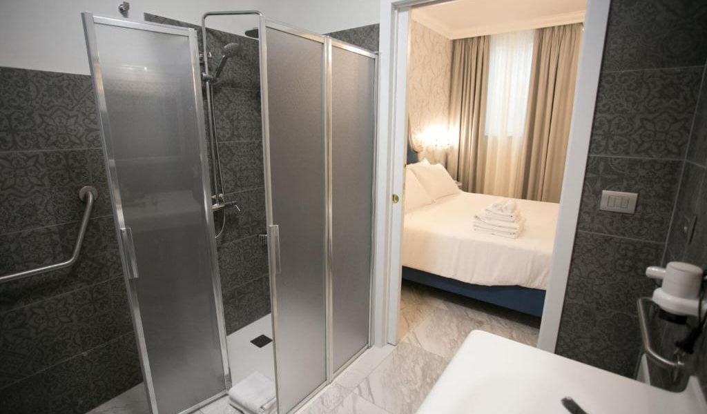 Standard-Double-Room-7-min