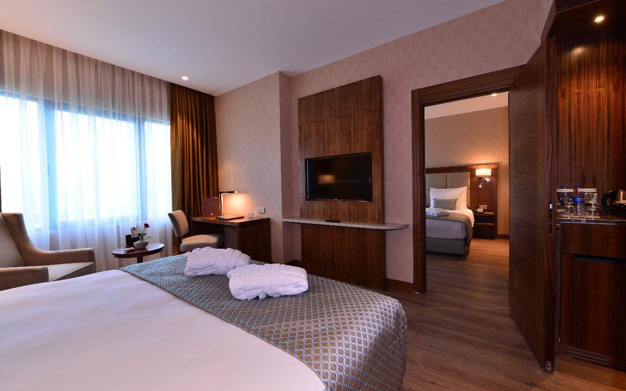 Standard-Room-min