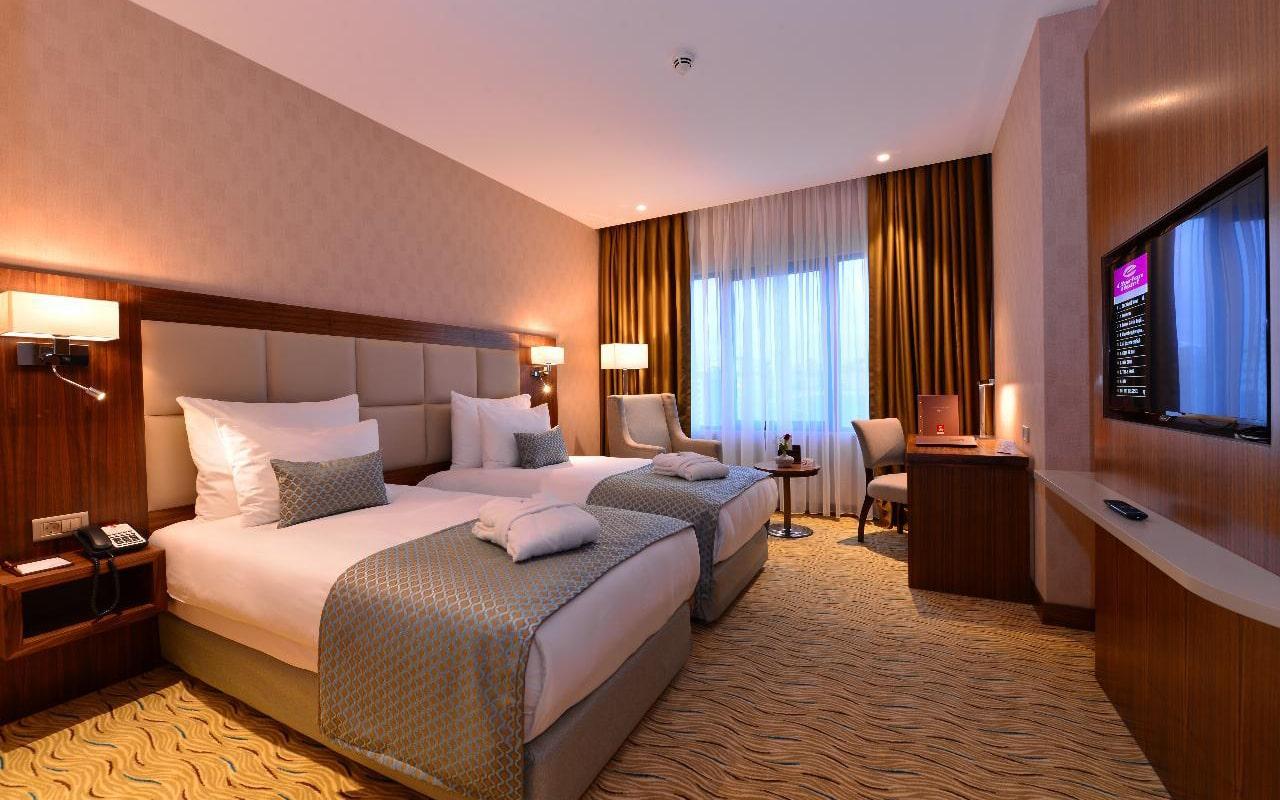 Standard-Room2-min