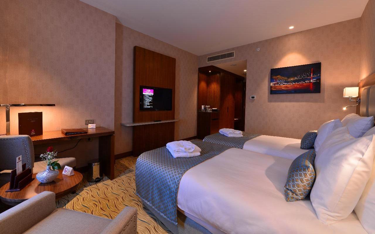 Standard-Room3-min