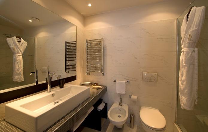 Superior-Room-Bathroom-min