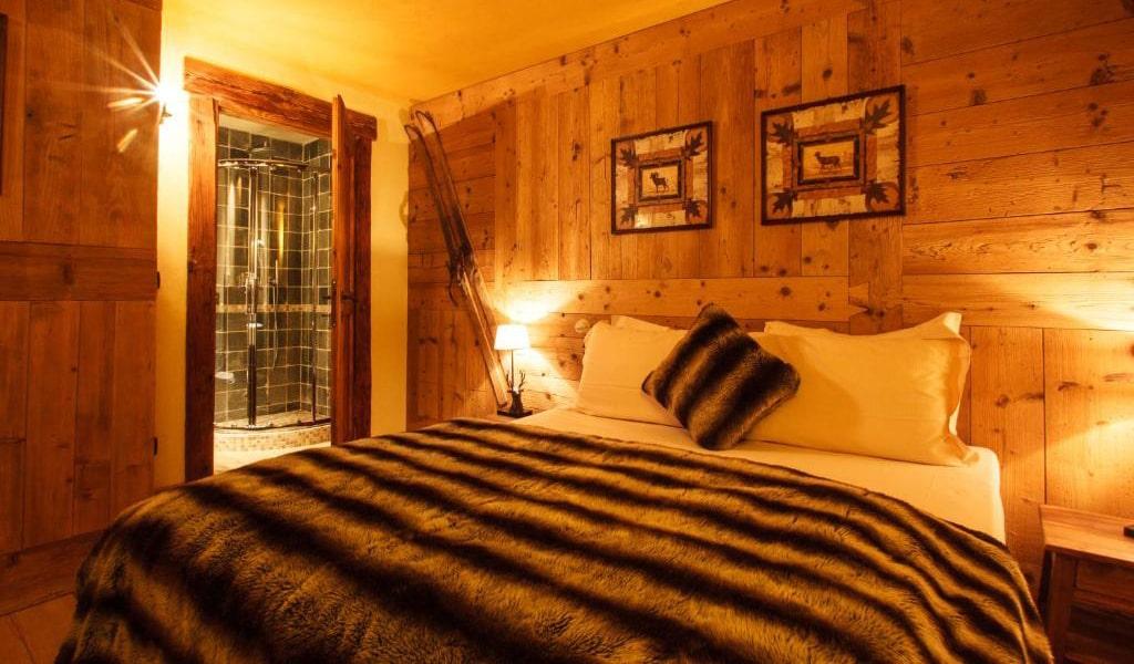 Three-Bedroom-Chalet-6-min