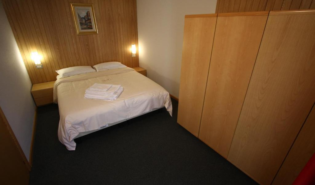 Two-Bedroom-Apartment-(4-Adults)-3-min