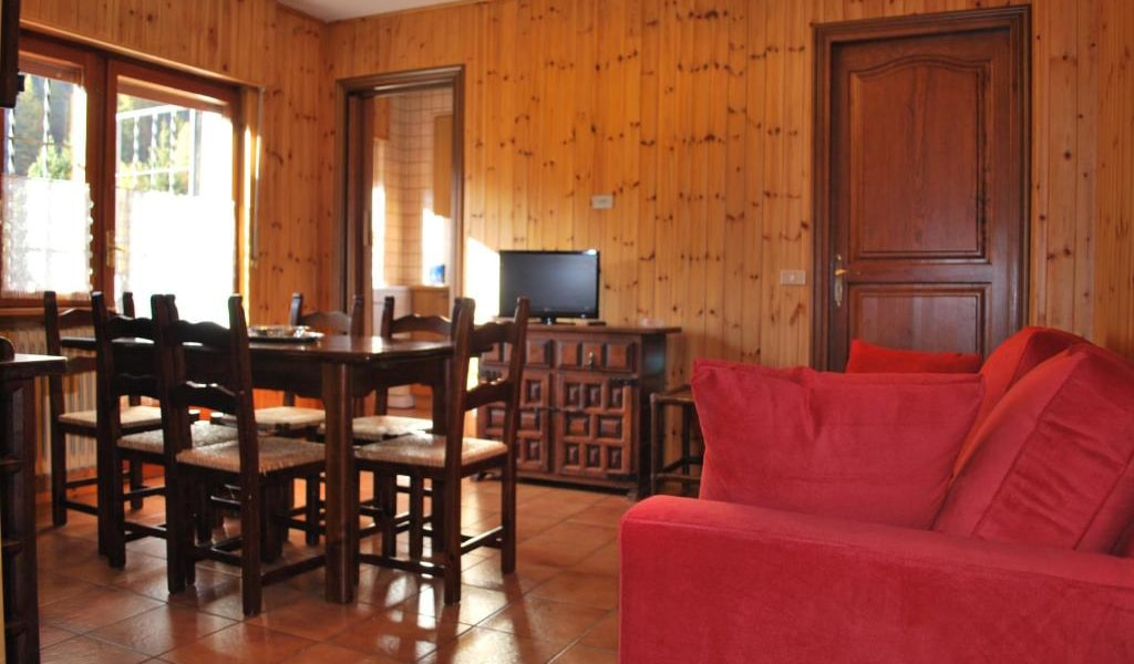 Two-Bedroom-Apartment-(5-Adults)-min