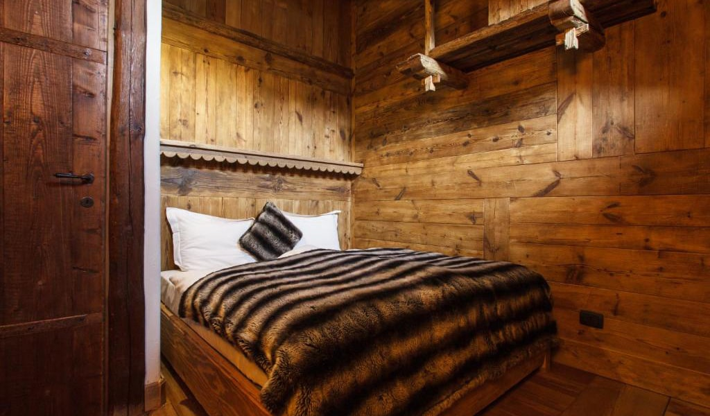 Two-Bedroom-Chalet-5-min