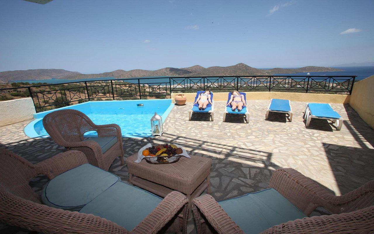 2 Bedroom Maisonette Villa with Private Pool 2