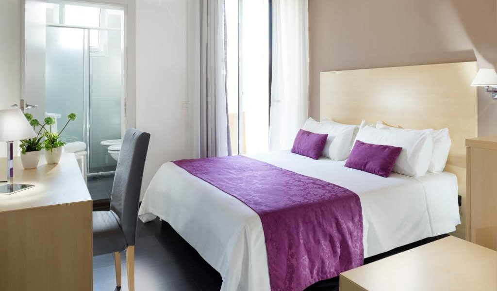 Basic-Quintuple-Room-2-min