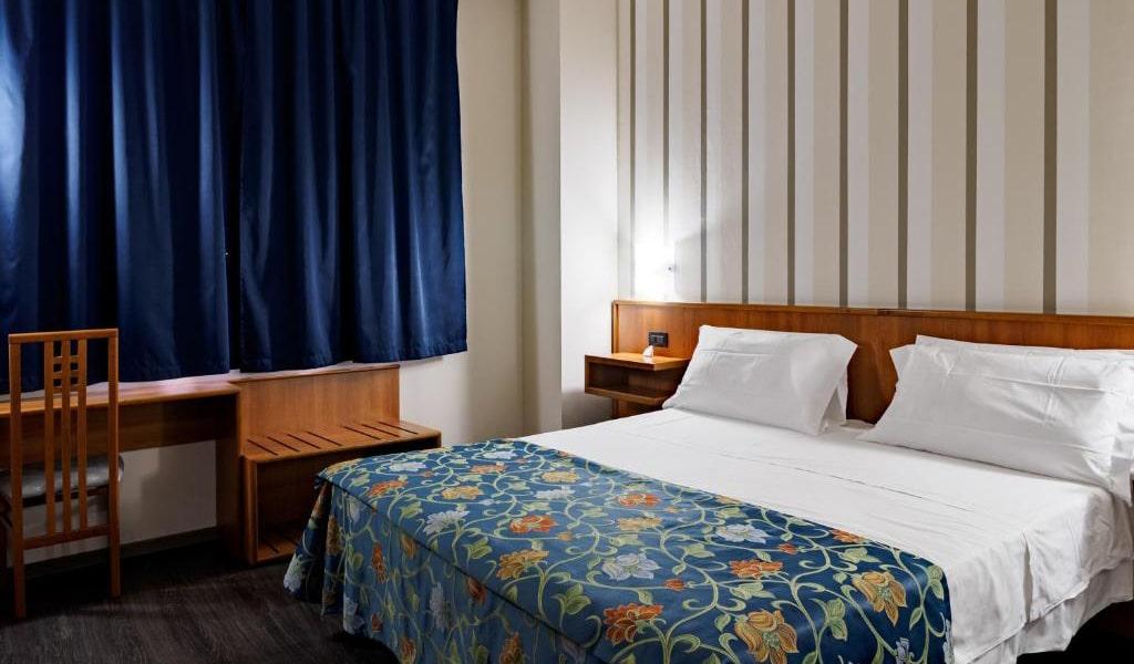 Comfort-Double-Room-4-min