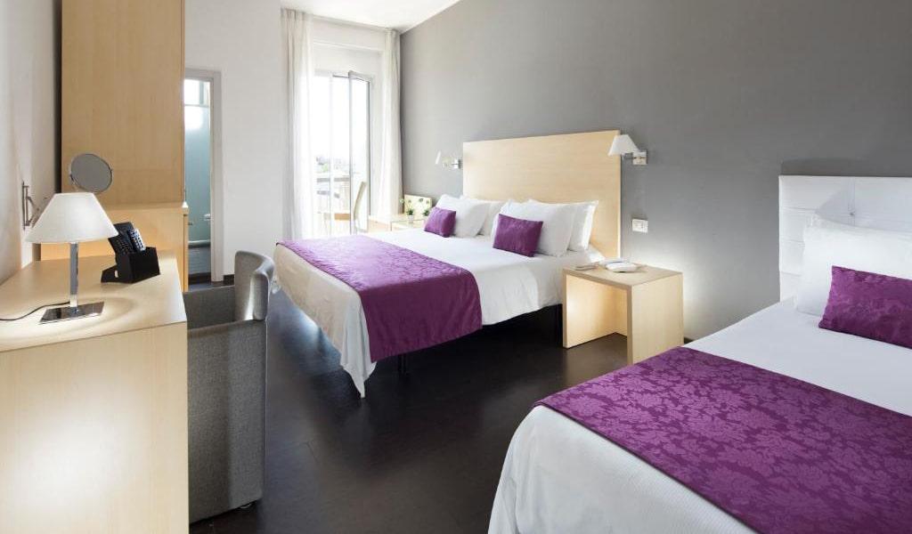 Comfort-Quadruple-Room-min