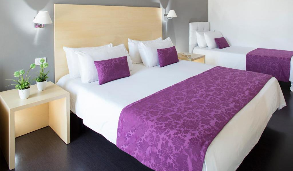 Comfort-Quadruple-Room2-min