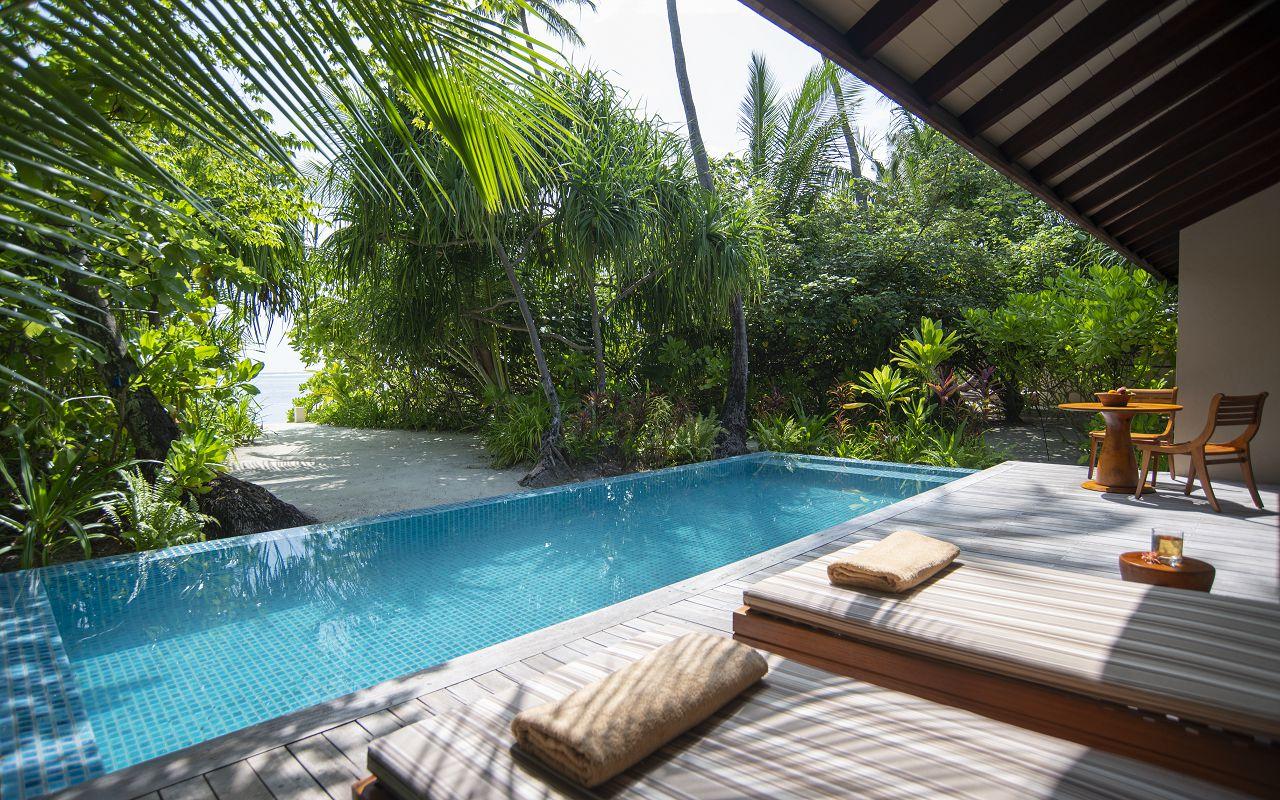 Deluxe Beach Pool Villa (5)