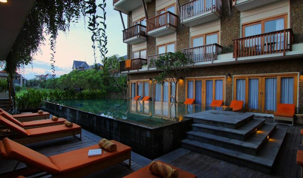 Kirana-Double-Room-with-Pool-Access-3-min