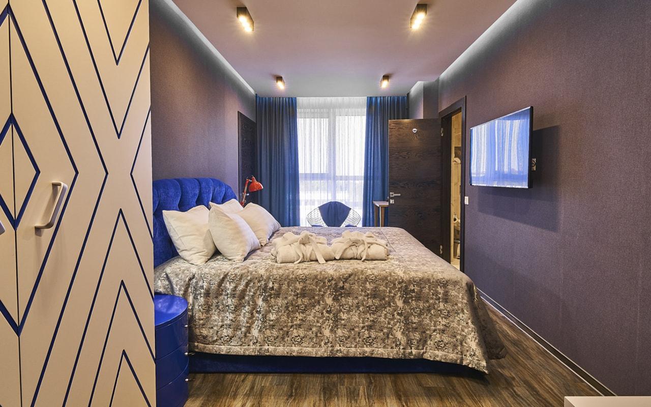 Light Hotel (8)