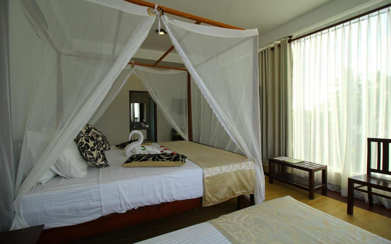 Mini-Suite-With-Direct-Sea-View4-min