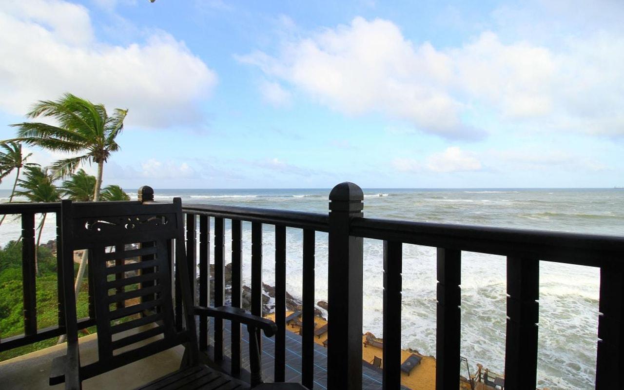 Mini-Suite-With-Direct-Sea-View5-min