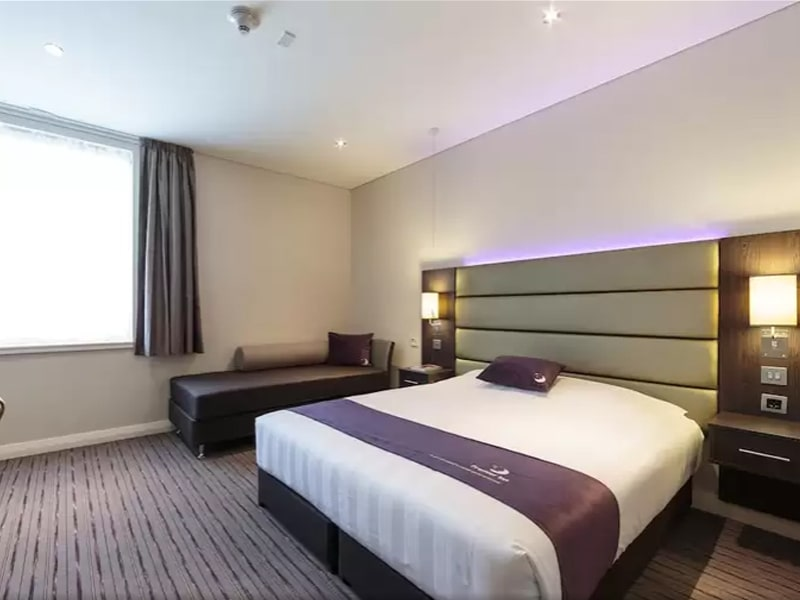 Premier Inn Hotel Doha Education City (17)