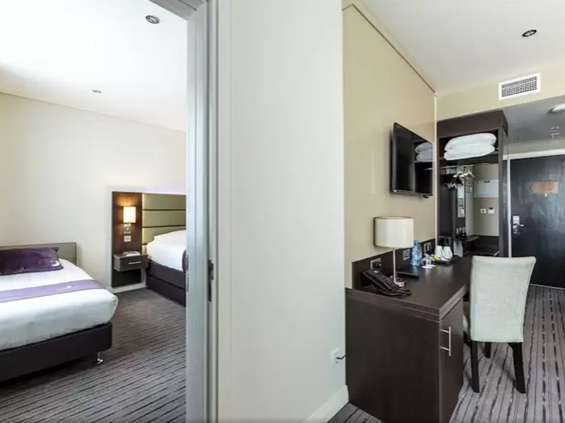 Premier Inn Hotel Doha Education City (19)