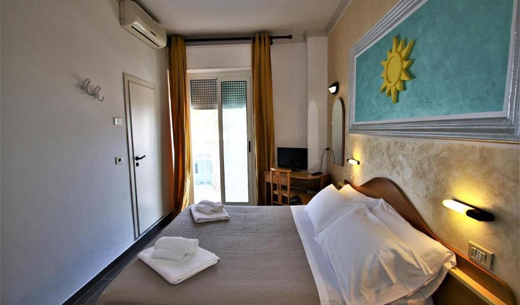 Quadruple-Room-with-Balcony-4-min