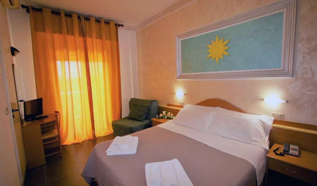 Triple-Room-with-Balcony-2-min
