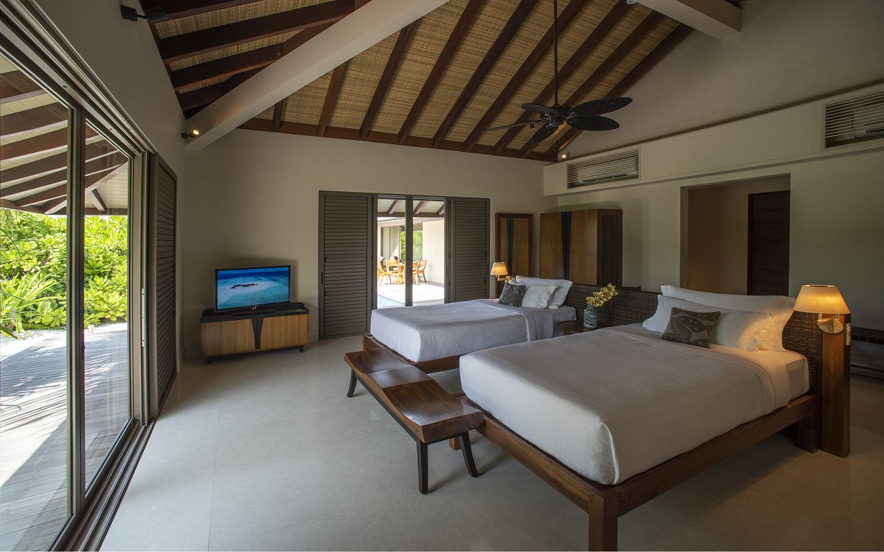Two-Bedroom Beach Pool Villa (4)